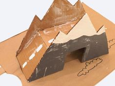 4+Cardboard+Car+and+Train+Mountain+Bridge+Craft+DIY.JPG (800×600)