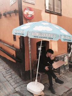 B A N G T A N | Jimin | BTS in Sweden | Aww he is sitting under a Ben & Jerry's Ice Cream Umbrella #BTS