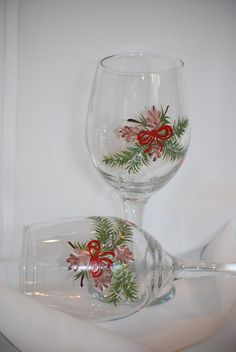Holiday glass painting ideas on pinterest hand painted for Christmas glass painting designs