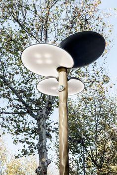 Clover, mobilier urbain solaire par Mathieu Lehanneur - Journal du Design