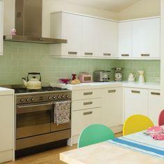 Küchen Küchenideen Küchengeräte Wohnideen Möbel Dekoration Decoration Living Idea Interiors home kitchen - Retro-inspirierte Küche