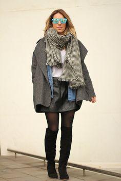 Oversized style Minimal coat Zara coat Fashion blogger WWW.MESVOYAGESAPARIS.COM