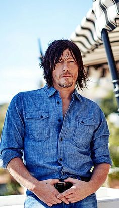 Pure Sexiness my goodness! Daryl Dixon Walking Dead, Walking Dead Memes, The Walking Dead 3, Norman Reedus, Trending Celebrity News, Celebs Go Dating, Stuff And Thangs, Cute Actors, Baby Daddy