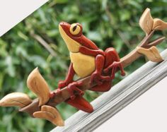 Tree Frog Intarsia Wall Hanging - Made To Order