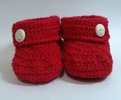 Resultado de imagem para sapatinho de croche vermelho