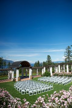Enchanting Kelowna Wedding Pictures by Darren Hull | Sash and Satin