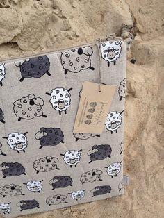 Laptop sleeve case cover for a 13 inch Macbook/ by sandrastju