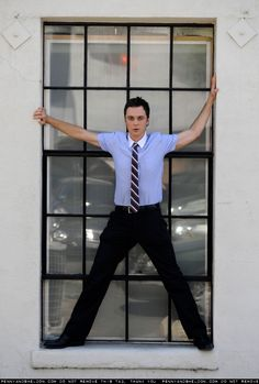 Great picture of Jim Parsons.  It's so funny seeing him in great clothing as opposed to Big Bang's attire.