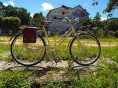 Bicicleta da marca brasileira Magrela Amarela (R$ 1.450)