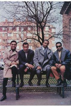 Soulsonic Force — iwannagobackthereagain: The Four Tops - History Music Icon, Soul Music, 60s Music, Tamla Motown, Four Tops, Old School Music, Black Actors, Hip Hop Art, The Jacksons