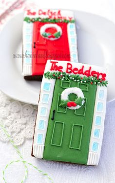 Wish I had the time this year!  Maybe next year I'll be able to attempt these adorable doors!