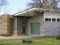 Fabulous new contemporary home by MOD in Little Forest Hills in East Dallas.