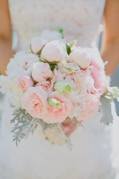 Southern weddings - pink and white bouquet