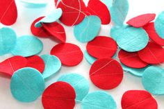 Items similar to Felt Circle Garland - Red and Aqua Party - Circle Strand on Etsy Frugal Christmas, Christmas Love, Christmas Crafts, Christmas 2019, Red Party Decorations, School Decorations, Christmas Decorations, Red Classroom, Classroom Decor
