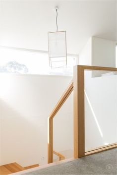 A pared back, modern stair, Normanby Road makes a statement with a feature landing and boxed glass balustrade. Brisbane, Melbourne, Timber Staircase, Staircase Design, Australia Tourism, South Australia, Western Australia, Glass Balustrade, Modern Stairs