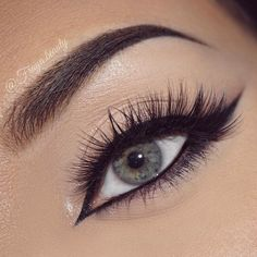 33 Stunning eye makeup ideas - gorgeous eye makeup for blue eyes, makeup for green eyes, makeup for brown eyes #makeup #eyemakeup