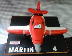 Tarta con forma de avión D7 (Dusty)