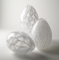 White Cane Eggs: Paul Lockwood: Art Glass Sculpture | Artful Home