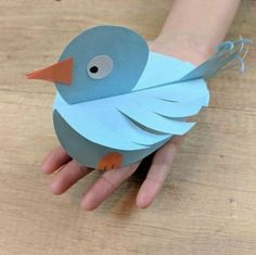 27 New ideas diy paper birds kids Garden Crafts For Kids, Paper Crafts For Kids, Diy Paper, Projects For Kids, Diy For Kids, Paper Crafting, Diy And Crafts, Arts And Crafts, Bird Crafts
