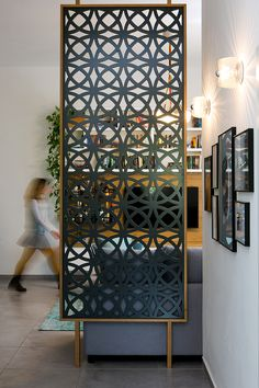 Living Room Partition Design, Room Partition Designs, Partition Walls, Indian Home Interior, Decorative Screens, Inspiration Wall, Home Decor Kitchen, Home Decor Furniture, Decoration