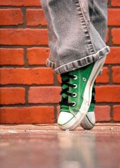 My absolute favorite chucks... My green ✌️ #lovemygreenchucks #converseallstars #streetdance #skate