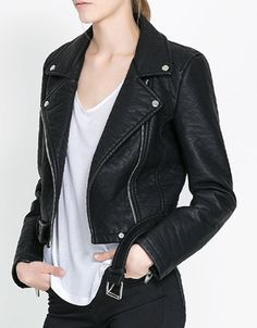 Fashionable Style Solid Color Long Sleeve Zipper Turn-Down Collar Women's Faux Leather JacketJackets | RoseGal.com