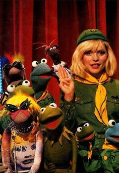 Debbie Harry & The Muppets. [via 'They Shoot Music Don't They']