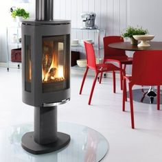 View our online collection before purchasing a gas fireplace or hearth at Heat'n Sweep located in Okemos, MI. We carry an array of indoor and outdoor gas fireplace hearths.