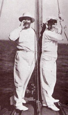 Laurel and Hardy on their way to Catalina