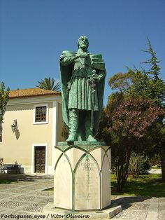 Monumento ao Infante Dom Pedro - Mira - Portugal by Portuguese_eyes, via Flickr