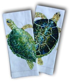 Vibrant prints appliqued onto a organic cotton towel. Detailing along the bottom completes the look. Perfect for the kitchen or guest bath. Generously sized x Item numbe Cotton Towels, Tea Towels, Turtle Love, Tortoises, Coastal Style, Towel Set, Sea Turtles, Guest Bath, Organic Cotton