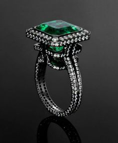 Jack du Rose emerald labrynth ring set in blackened white gold. Beautiful and haunting ring.