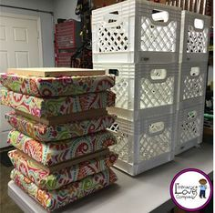 Delicieux Crate Stools: The Perfect Combination Of Extra Seating And Much Needed  Storage. This Easy DIY Project Will Brighten Up Your Classroom Décor And  Aid Your ...