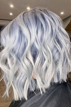All of the new hair colour trends to inspire you to change your hair for the new season. Check out our selection of the best hair colours for from blue blonde to warm amber, as inspired by our favourite celebrities. Icy Blue Hair, Silver Blue Hair, Icy Hair, Ice Blonde Hair, Hair Color Purple, Hair Dye Colors, Cool Hair Color, Pastel Hair Colour, Cool Tone Hair Colors