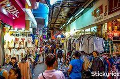 ¿Que mejor lugar que comprar los regalos de navidad en el mercado más grande de #Tailandia? http://bangkok.stickyrice.co/mercado-fin-de-semana-de-chatuchak ตลาดนัดจตุจักร (Chatuchak Weekend Market) en จตุจักร, กรุงเทพมหานคร