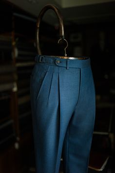 Deep pleats trousers by B&TAILOR