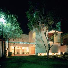 Casa by Ricardo Agraz
