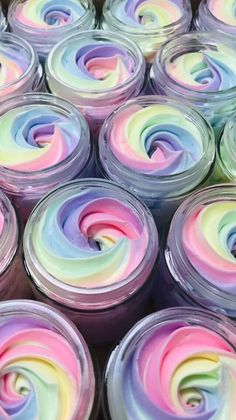 Looking for hot craft ideas to sell on Etsy or at craft fairs? Check out these 32 EASY crafts to make and sell from home to make EXTRA CASH quickly! Check out these DIY crafts to sell NOW! Crafts To Make And Sell, Easy Craft Projects, Diy Crafts For Kids, Easy Crafts, Craft Ideas, Food Crafts, Decor Ideas, Water Candle, Whipped Body Butter