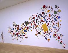 Tony Cragg 'Britain Seen from the North' 1981 (born 9 April is a British visual artist who works mainly as a sculptor. He was the director of the Kunstakademie Düsseldorf until August Liverpool, Instalation Art, Jobs In Art, Ecole Art, 3d Studio, Plastic Art, Assemblage Art, Art Plastique, Art Lessons