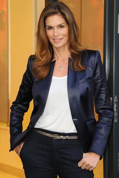Celebrity Lookalike: Cindy Crawford Proves She Has Strong Genes