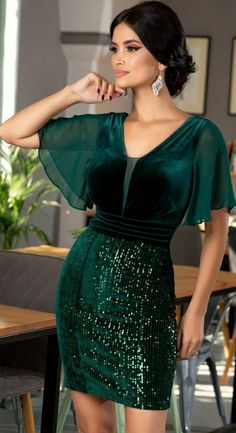 Rochii Romania is under construction Pretty Prom Dresses, Prom Dresses Long With Sleeves, Cute Dresses, Short Dresses, Formal Dresses, Indian Fashion Dresses, Fashion Outfits, Sequin Outfit, Afghan Clothes