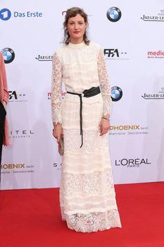 Pin for Later: Seht alle Stars auf dem roten Teppich beim Deutschen Filmpreis Vicky Krieps