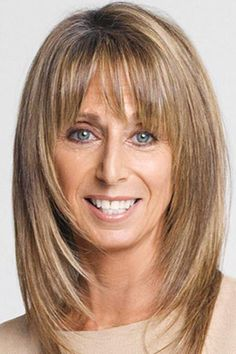 Bonnie Hammer, Chairwoman of NBC Universal Cable Entertainment Group. Posted by NYC Office Suites, 1 Medium Length Hair Cuts With Bangs, Layered Hair With Bangs, Haircuts For Medium Hair, Medium Layered Hair, Hairstyles With Bangs, Medium Hair Styles, Short Hair Styles, Hair Styles For Women Over 50, Great Hair