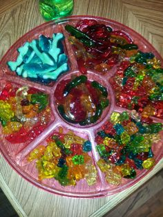 Drunk gummys easy too make and cheap Bachelorette Party Drinks, Beach Bachelorette, Bachelorette Party Decorations, Bacherolette Party, Pre Party, Bachorlette Party Ideas, Hotel Party, Lingerie Party, Alcohol Recipes