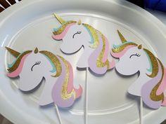 Unicorn centerpiece, Unicorn birthday banner, Unicorn pary decorations, Unicorn party by MindysPaperPiecing on Etsy