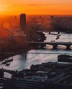 Zobacz na Instagramie zdjęcie użytkownika @london • Polubienia: 31.5 tys.