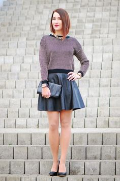 www.streetstylecity.blogspot.com Fashion inspired by the people in the street ootd look outfit sexy high heels legs woman girl skirt leather