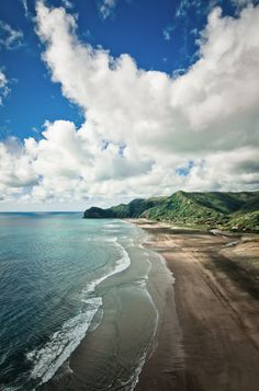 Uitzicht wanneer ik in New Zealand ben...  Piha Beach / New Zealand