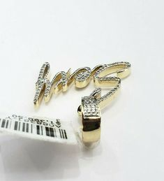 Yellow Genuine Diamond Pendant Charm Iced Out Sexy Name Plate Hip Hop Ladies. RG&D is a unique collection of Wedding Rings, Engagement Rings, Fashion Rings, Gold Chains, Pendants and jewelry for men. Round Pendant, Diamond Pendant, Diamond Stone, Gemstone Colors, Gold Chains, Fashion Rings, Round Diamonds, Hip Hop, Gold Pendants
