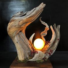 Driftwood and moonlight Leave your hand at the end of last year to .- Drivved och månlampa Lämna handen i slutet av förra året till Kyushu. # Driftwood Art … Driftwood and moonlight Leave your hand at Kyushu at the end of last year. Driftwood Furniture, Driftwood Lamp, Driftwood Projects, Driftwood Sculpture, Diy Furniture, Natural Furniture, Creation Deco, Wooden Lamp, Wood Art